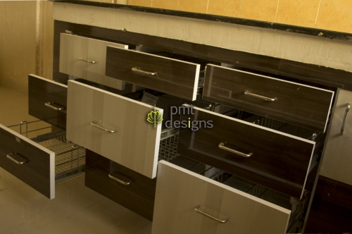 modular-kitchen-merino-mr+mica-pmt-designs-lucknow-delhi (4)